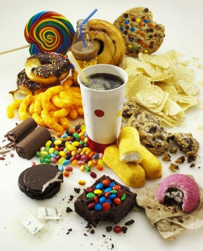Makanan yang mengandung gula.