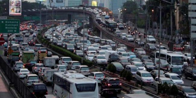 Tidak ada ruang karena padatnya lalu lintas