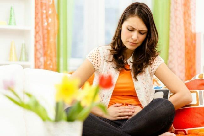kadar asam lambung yang tinggi dapat menyebabkan bau mulut
