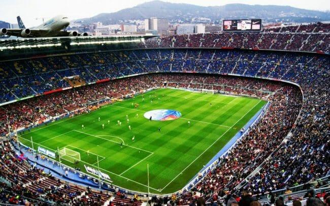 Stadiun Terbesar di Dunia, Estadio-Azteca