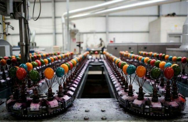 Pengeringan telur berwarna