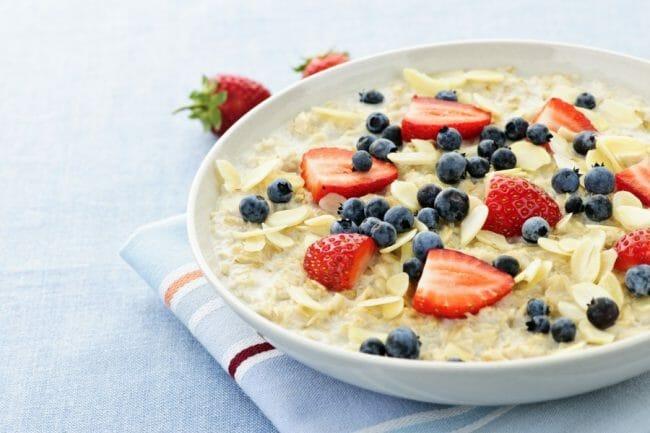 oatmeal bisa menjadi makanan alternatif selain seral bagi ibu hamil