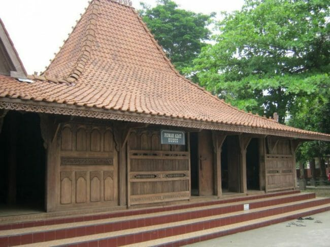Rumah Adat Kudus