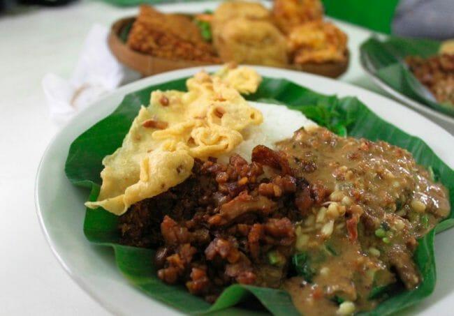 www.sambalkacangjakarta.com