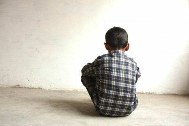 pornografi-bisa-membuat-anak-anak-menjadi-depresi-narkoba