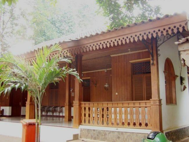 Rumah Tradisional Betawi Minimalis