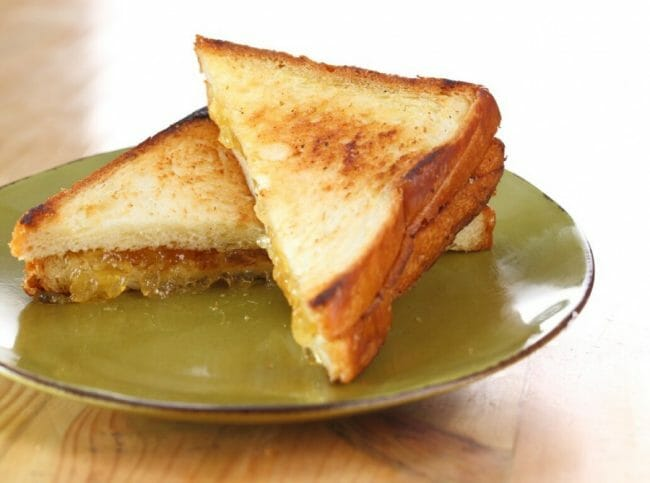 Bisnis Makanan Roti Bakar
