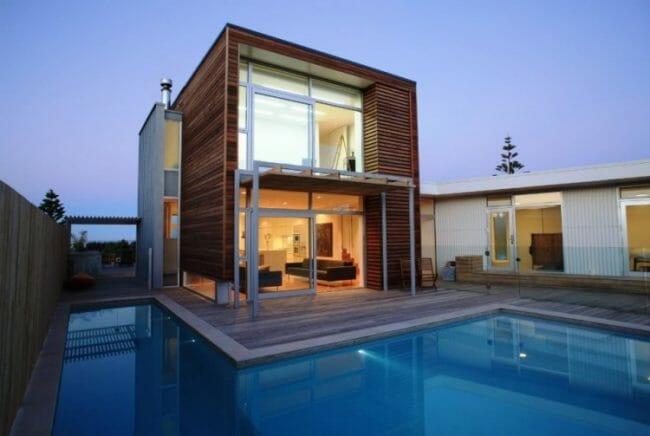 rumah-minimalis-dengan-kolam-renang