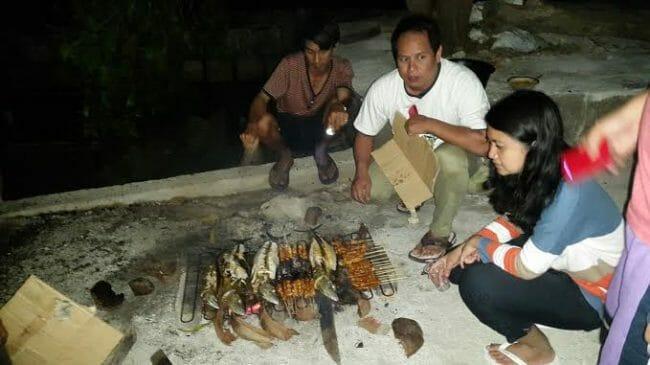 Manggang Ikan dan Cumi di Pulau Pari