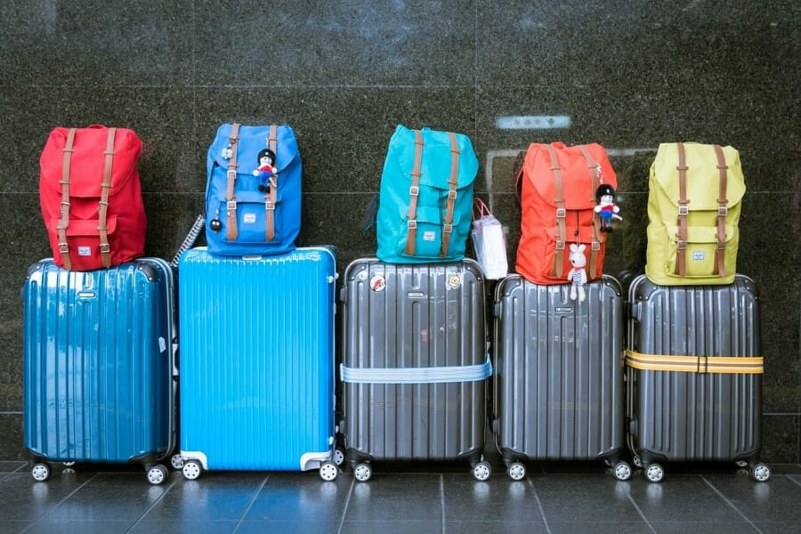 waspadai pencurian tas penumpang pesawat di bandara