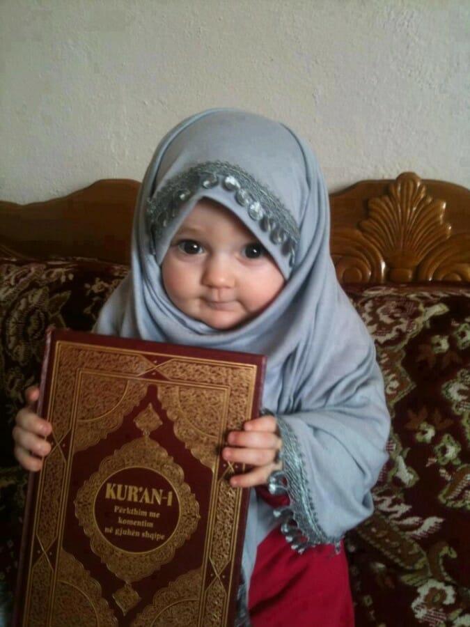 bayi hijab