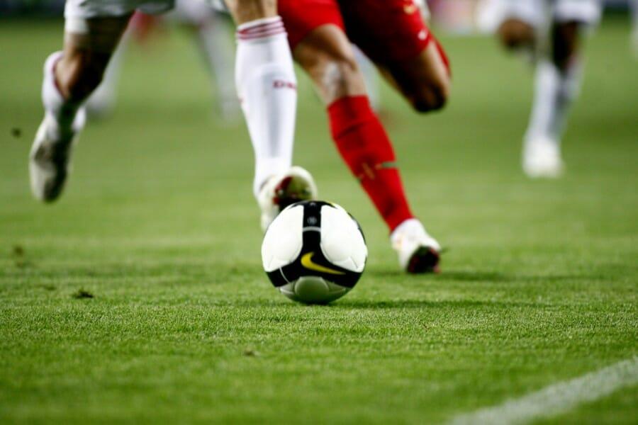 Olahraga sepak bola