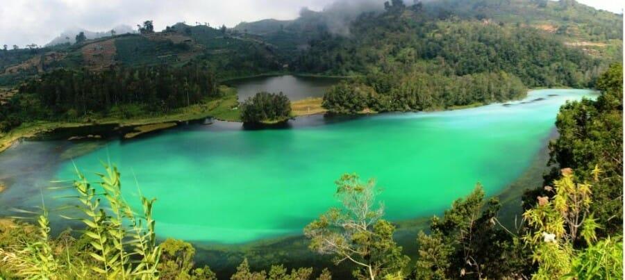Objek Wisata Telaga Warna