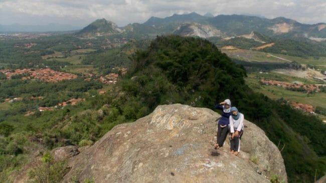tempat wisata gunung cupu purwakarta