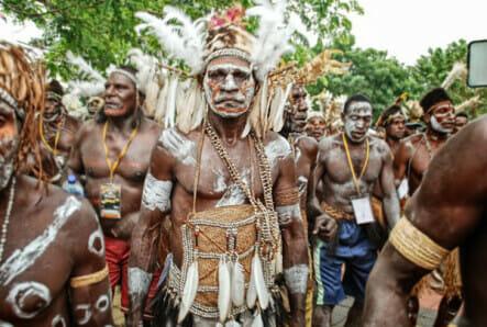 Pakaian adat Pria Papua (Suku Asmat)